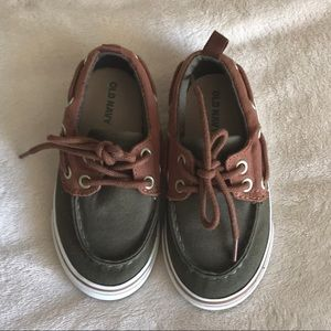 Baby/Toddler boys shoes size 7